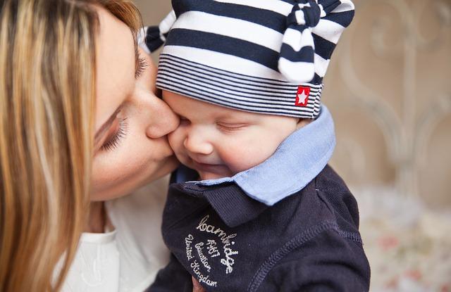 【生後3ケ月】赤ちゃんのミルクの量が減った時はここをチェック!
