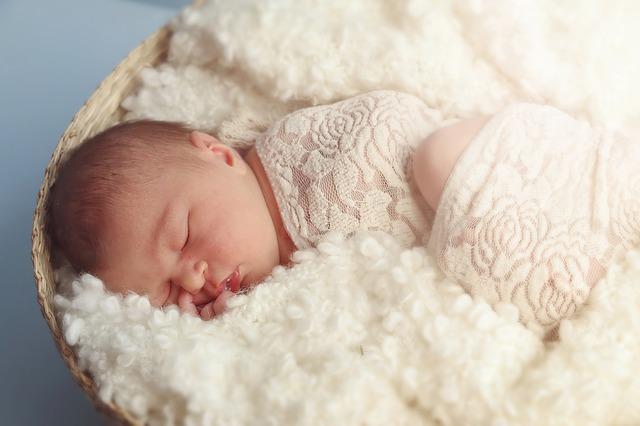 【生後5ヶ月】効果抜群の寝かしつけ方法!3つの儀式をやってみて!