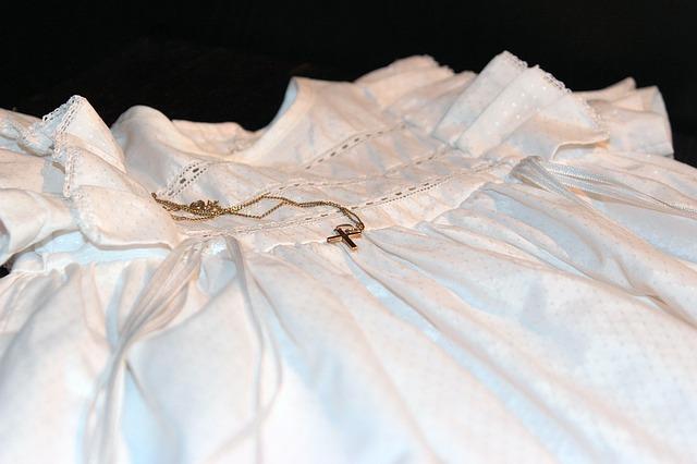 サイズアウトしたベビー服の保管術!成功の鍵は3つの事前準備と3つの圧縮法!