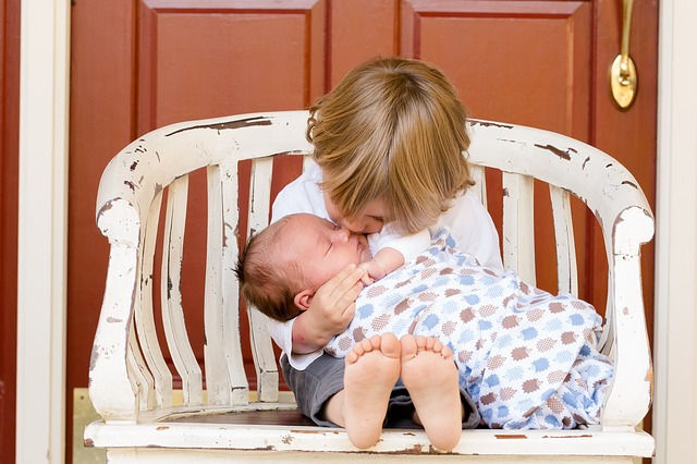 【新生児】上手な鼻くその取り方|とれそうで取れないときに使うコツ4つ