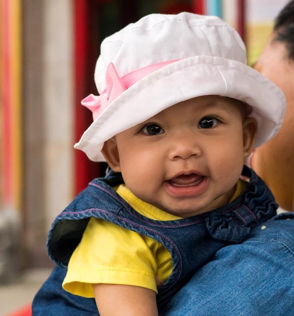 【生後10ヶ月】ママから離れない赤ちゃんとの上手な過ごし方とは?