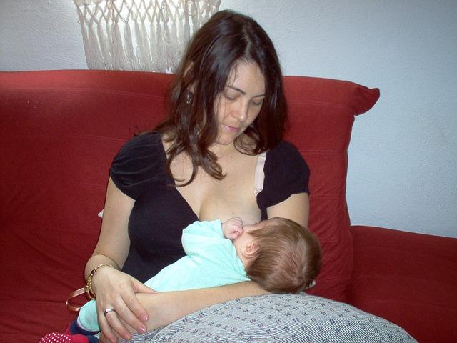 母乳をグッと増やす2つの方法とママを楽にする2つの心構え