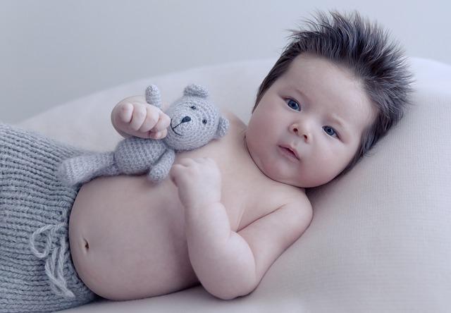 【生後7ヶ月】赤ちゃんが首を振る仕草をするのはなぜ?隠された驚きの理由とは